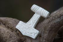 Thorshammer Anhänger ~ THORIR ~ h: 3 cm - Wikinger Schmuck - Handarbeit aus Knochen - Windalf.de