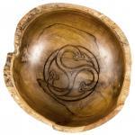 Rustikale Schale ~ MARIZA ~ Ø 19 cm - Keltische Triskele - Handarbeit aus Teak - Windalf.de