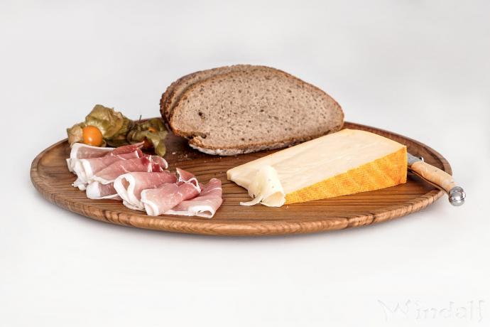 Käse Holzteller ~ DACIAN ~ Ø 25 cm - Frühstücks-Brett mit Sockel - Holz - Windalf.de
