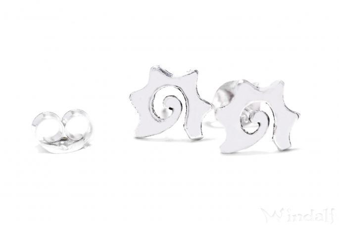 Feine Ohrstecker ~ SUNNY ~ h: 0.7 cm - Sonnen Spirale - Antik Silber - Windalf.de